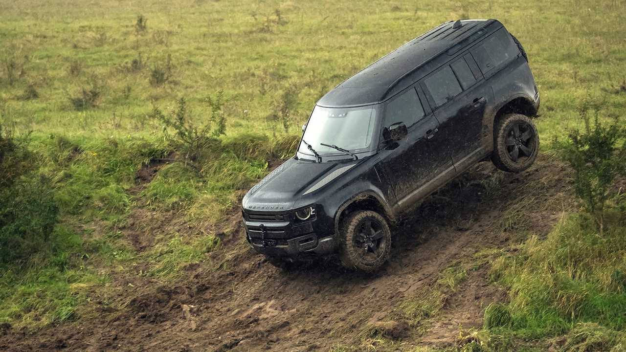 Land Rover Defender (2020) - No Time to Die