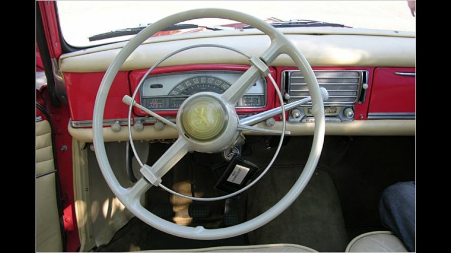 Peugeot 403 Cabrio, 401 und 402: Mit Oldtimern unterwegs