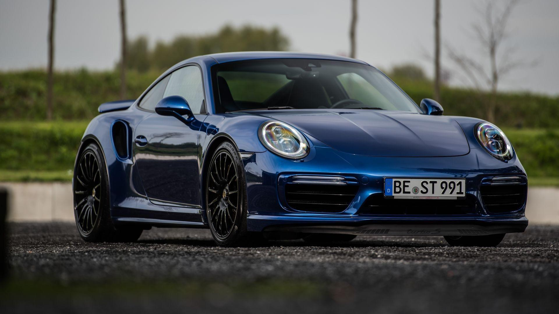 d951bd57ad6b Fastest Porsche 911 Turbo S Of This Generation Hits 213.86 MPH