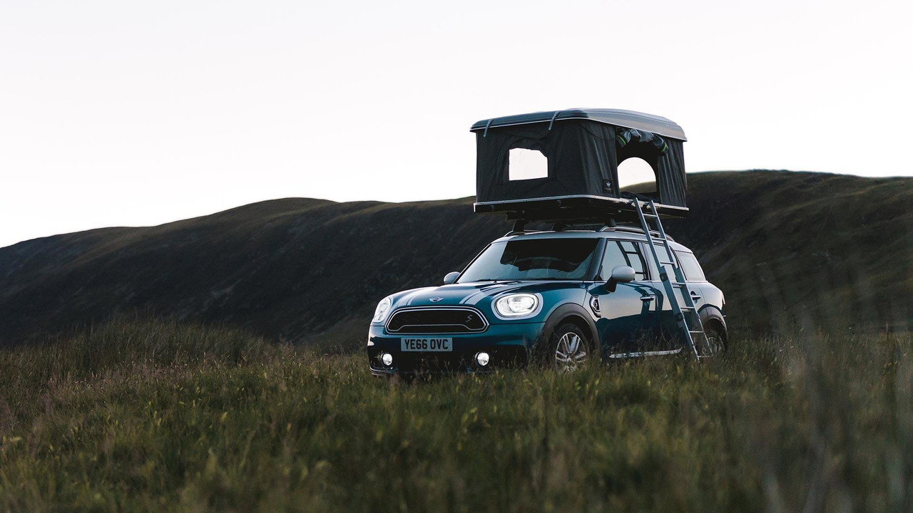 Mini Countryman Camping