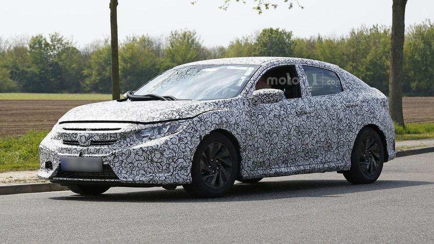 2017 Honda Civic Hatchback spy photos