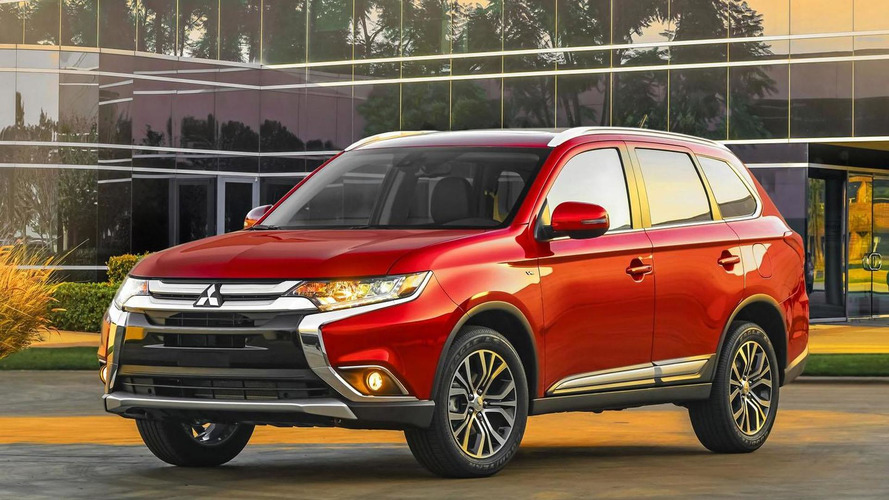2016 Mitsubishi Outlander facelift revealed [video]