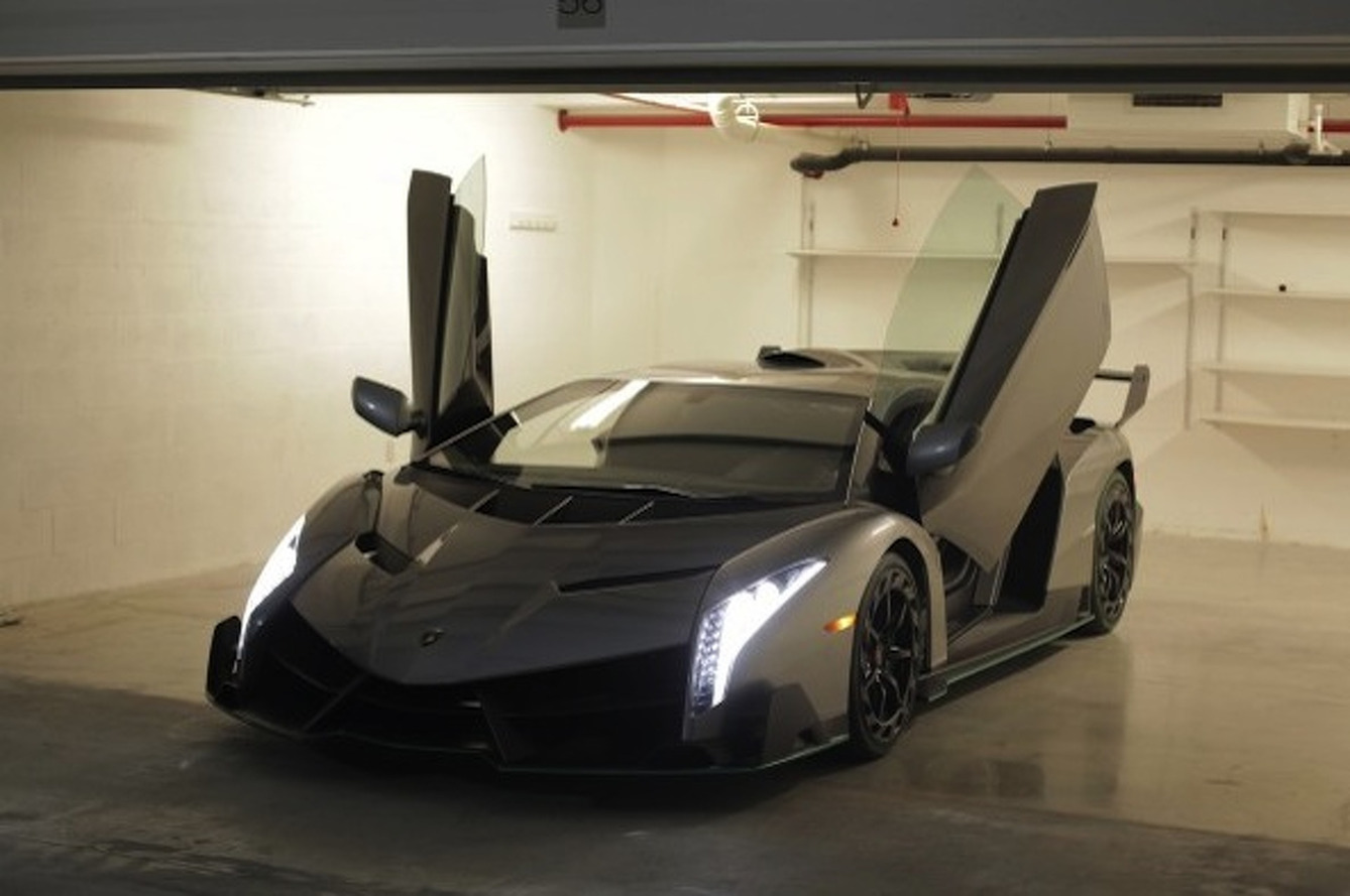 First (And Only) Lamborghini Veneno in the U.S. Arrives [Video]