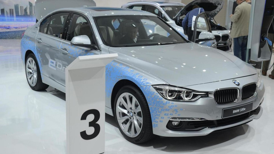 BMW 330e plugs into Frankfurt