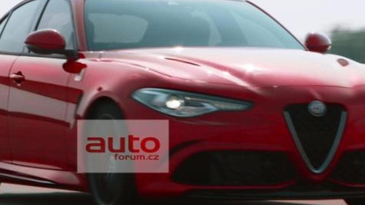 Alfa Romeo Giulia leaked official image / AutoForum.cz
