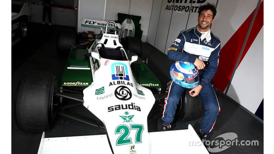 Ricciardo's smile returns