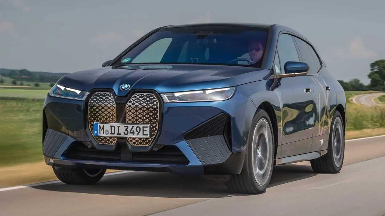 Avaliação SUV elétrico BMW iX xDrive 50