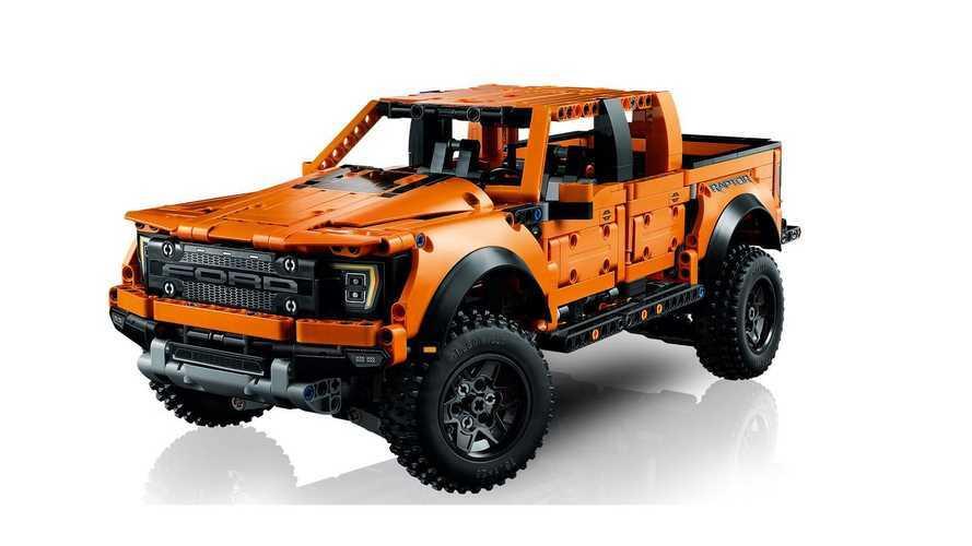 Ford F-150 Raptor, ora può averlo chiunque grazie a Lego