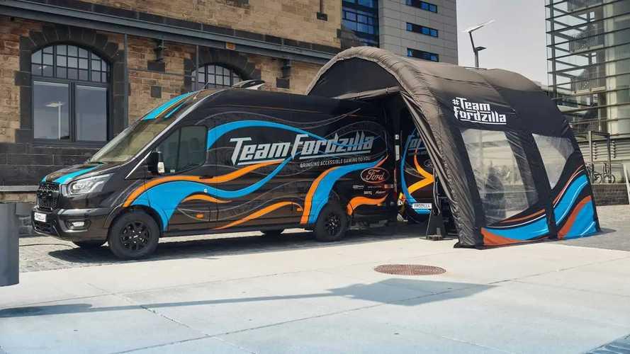 Ford, il gaming per tutti a bordo di un Transit