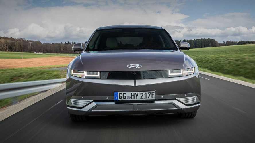 Szép teljesítmény: megduplázta villanyautó-eladásait a Hyundai augusztusban