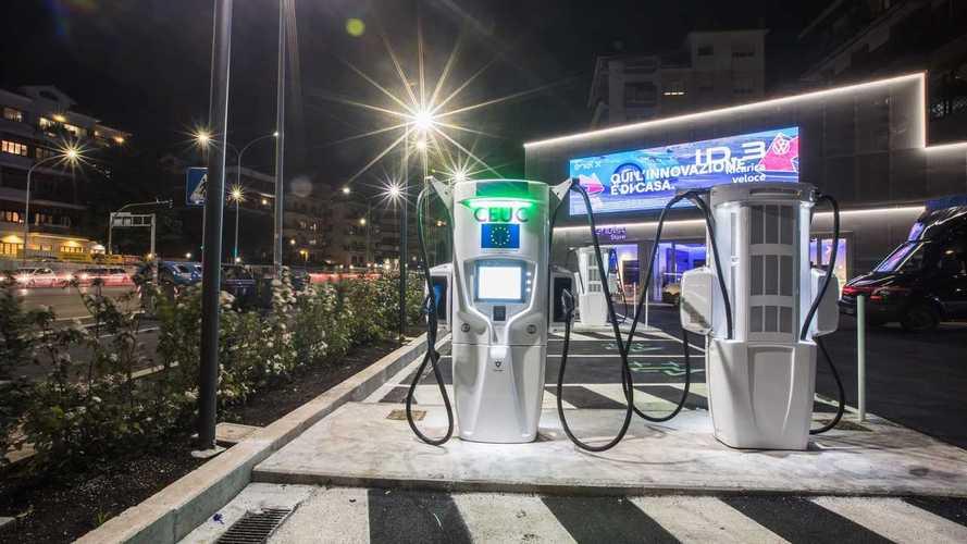 È a Roma la prima stazione di servizio italiana per auto elettriche
