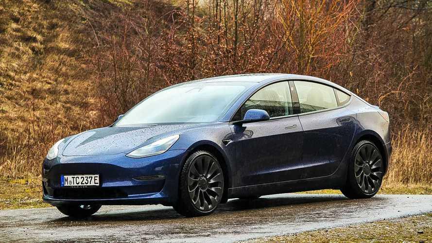 Tesla Model 3 nuova a meno di 35.000 euro? In Romania si può