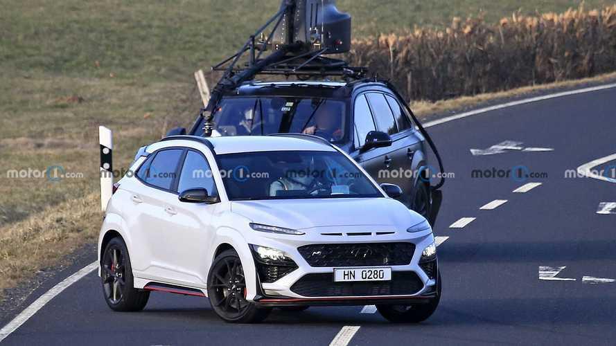 Hyundai Kona N ilk kez kamuflajsız olarak görüntülendi!