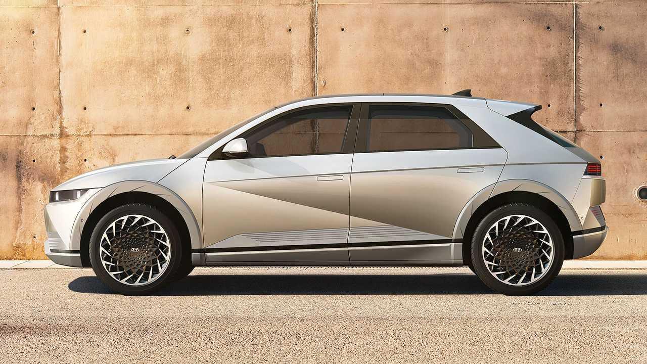 Hyundai Ioniq 5 vs Tucson