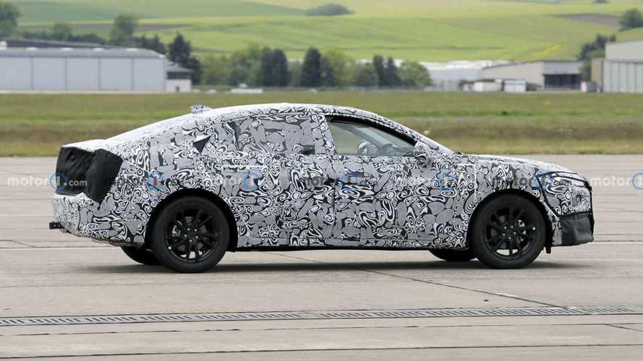 Прототип нового кросс-купе Ford