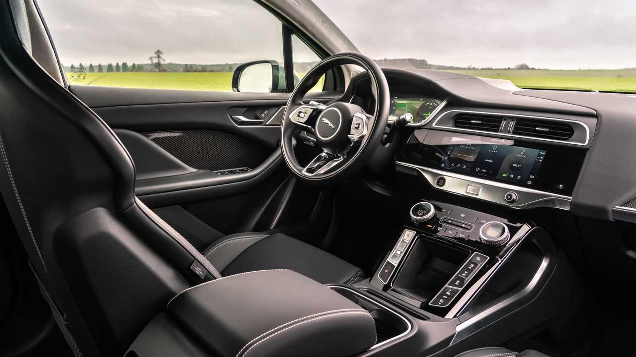 2022 Jaguar I-PACE interior