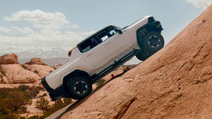 Watch GMC Hummer EV Visit Moab To Kiss The Ring