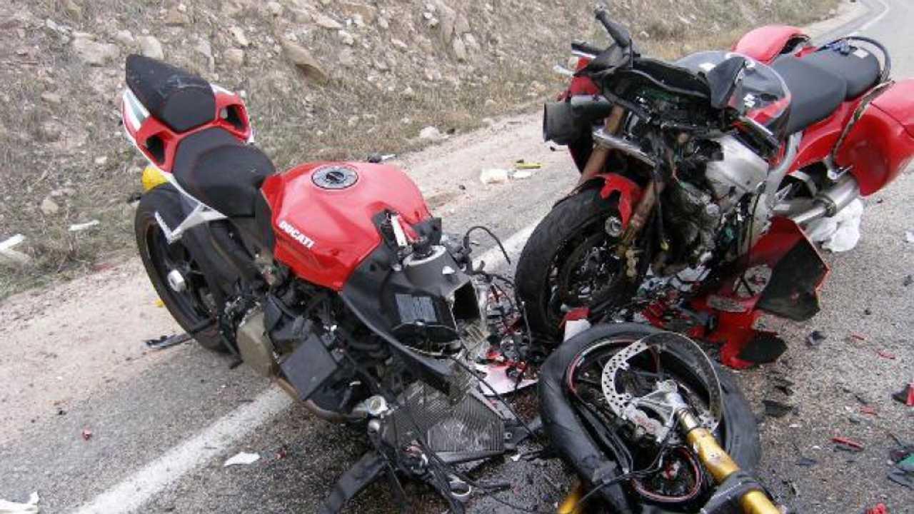 Incidenti in moto dimezzati negli ultimi 10 anni
