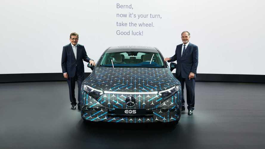 «Мерседес» увеличил официальный запас хода электромобиля EQS