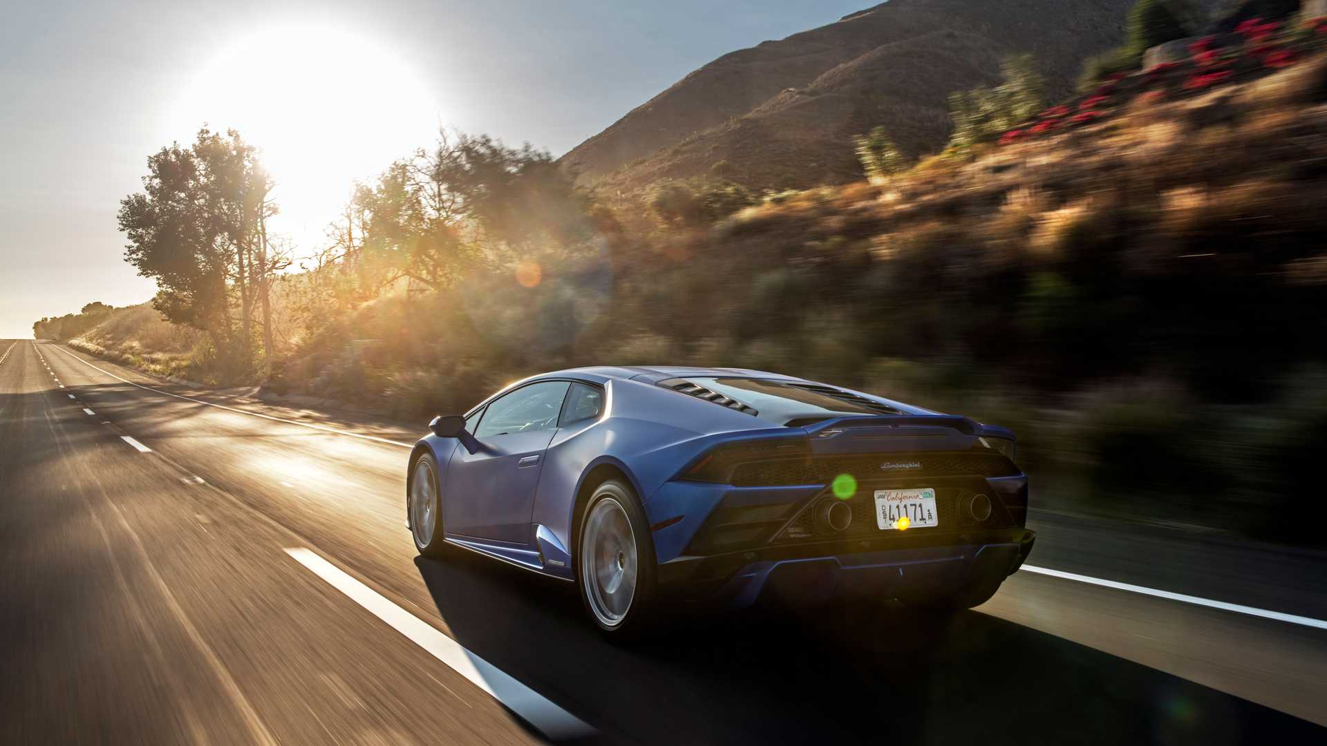 2020 Lamborghini Huracan Evo RWD rear quarter action