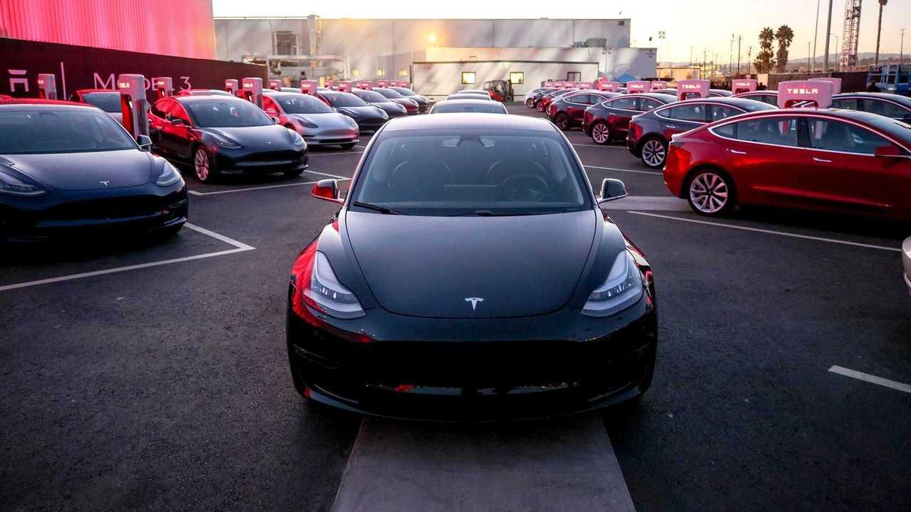 Tesla - Model 3 - produção