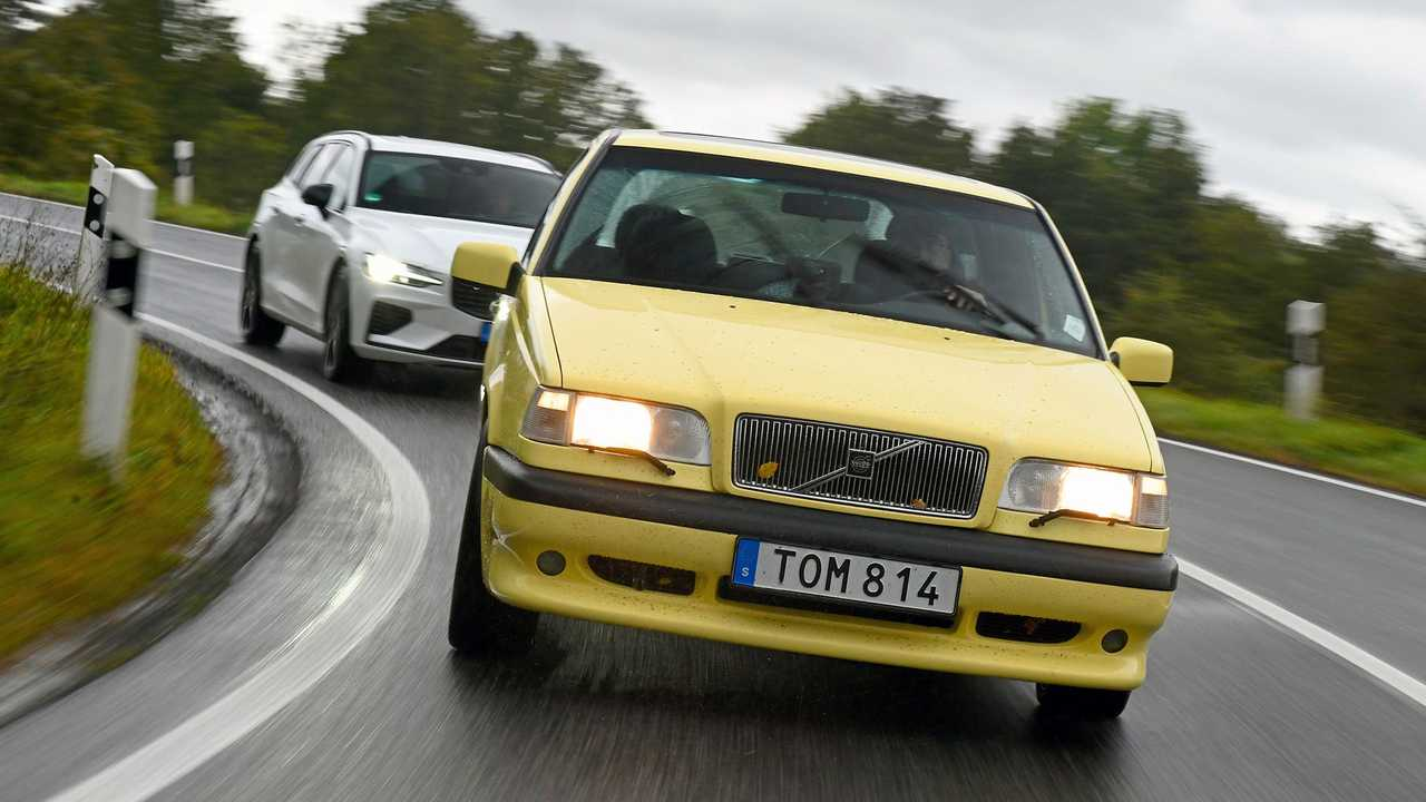 Volvo 850 T5-R vs. Volvo V60 Polestar
