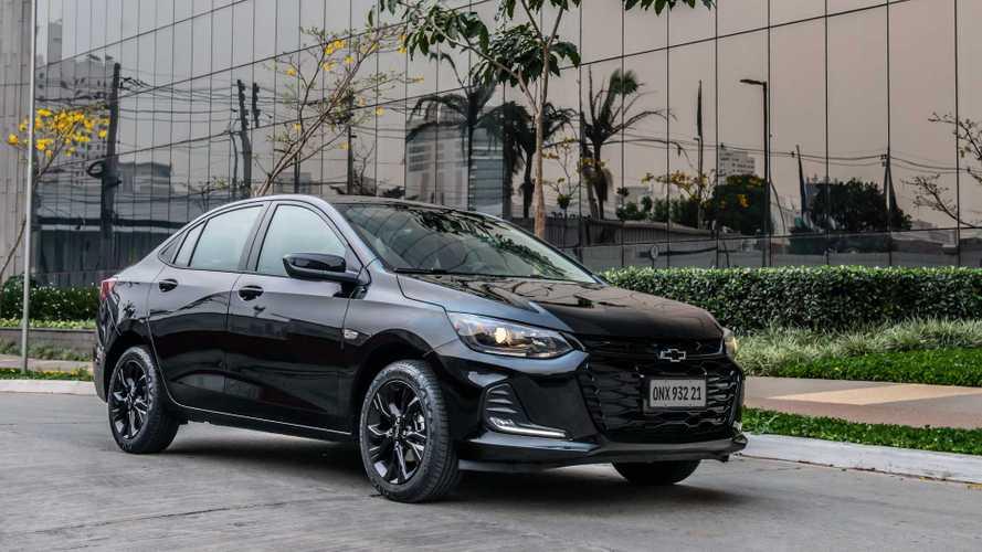 Chevrolet Onix Plus recua nas vendas entre os sedãs compactos
