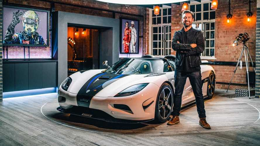 In-depth video goes through Koenigsegg Agera's bespoke features