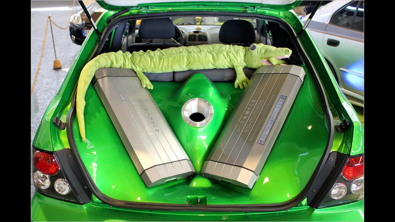 Eine bissige Akustik gibt`s in diesem Wagen