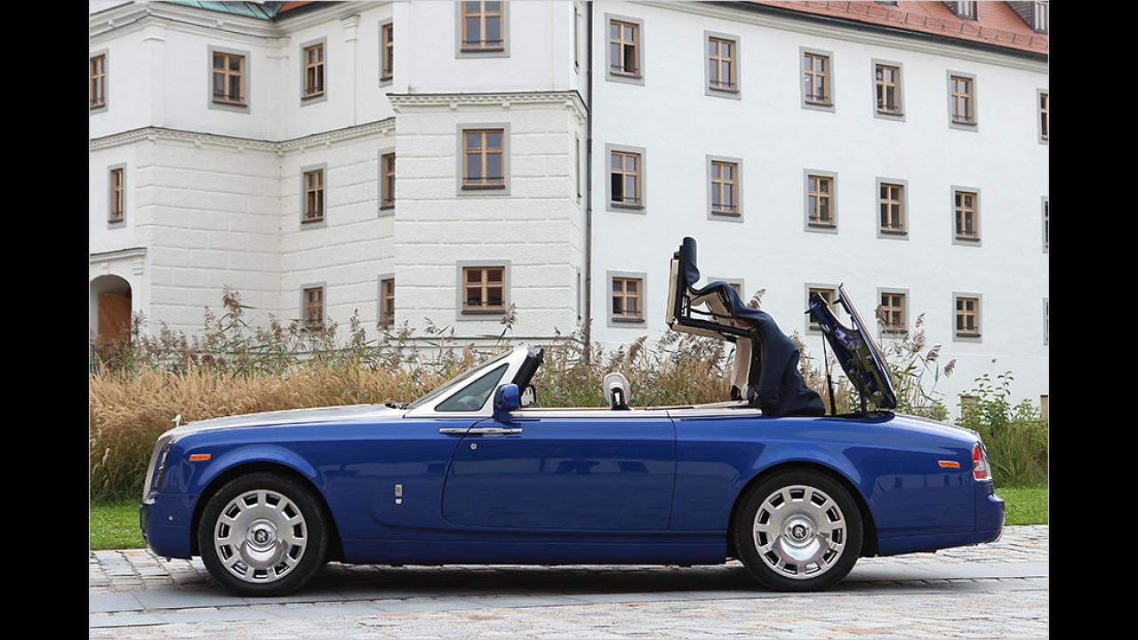 Rolls-Royce Phantom Drophead Coupé (60 Sekunden, nur im Stand)