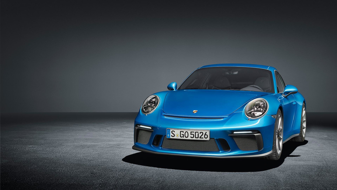 2018 Porsche 911 GT3 Touring Package Slider Image