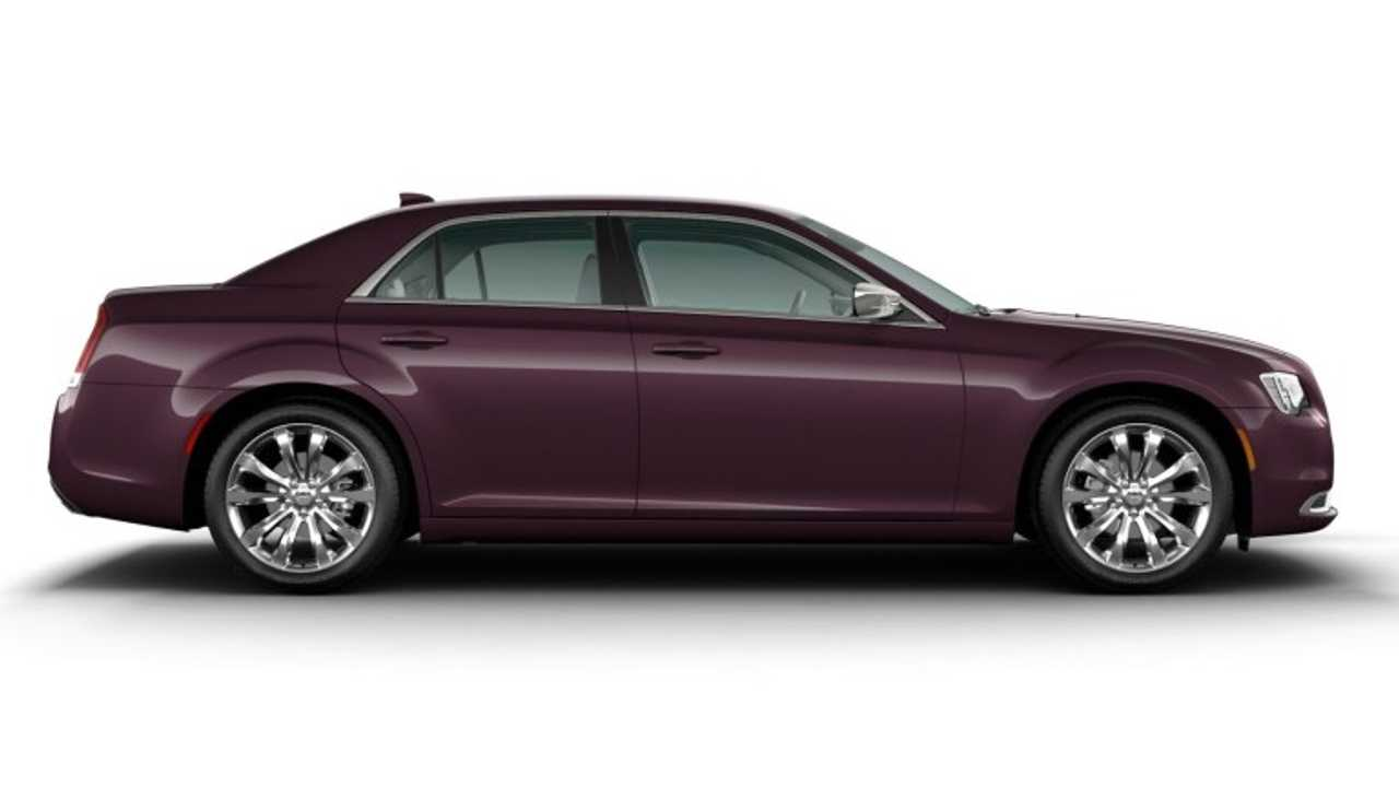 2020 Chrysler 300 Touring-L Chrome Appearance Package