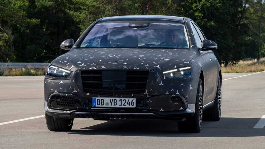 Nuova Mercedes Classe S: airbag posteriori e assetto adattivo