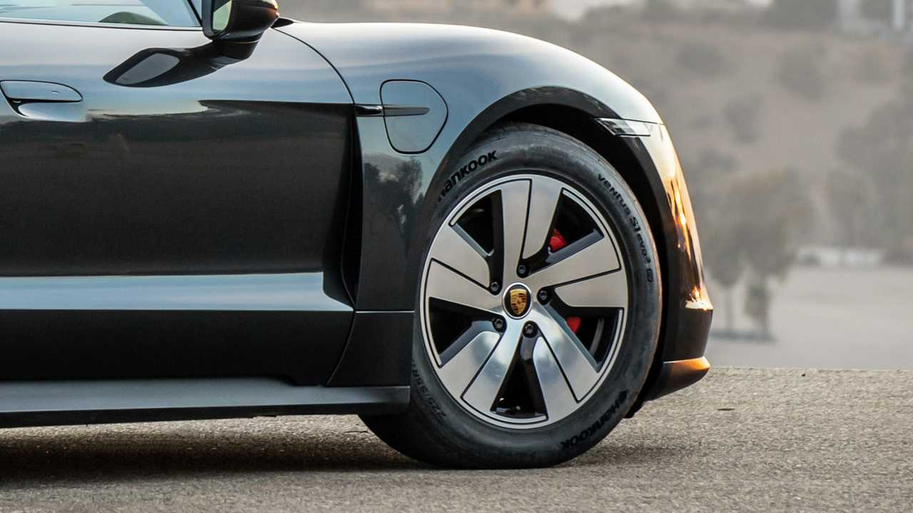 Hankook supplies special e-tyres for Porsche Taycan electric sports cars