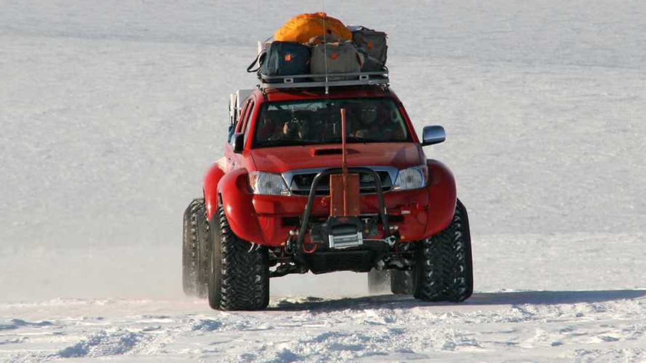 Toyota Hilux Artic Trucks Antarctica 2010