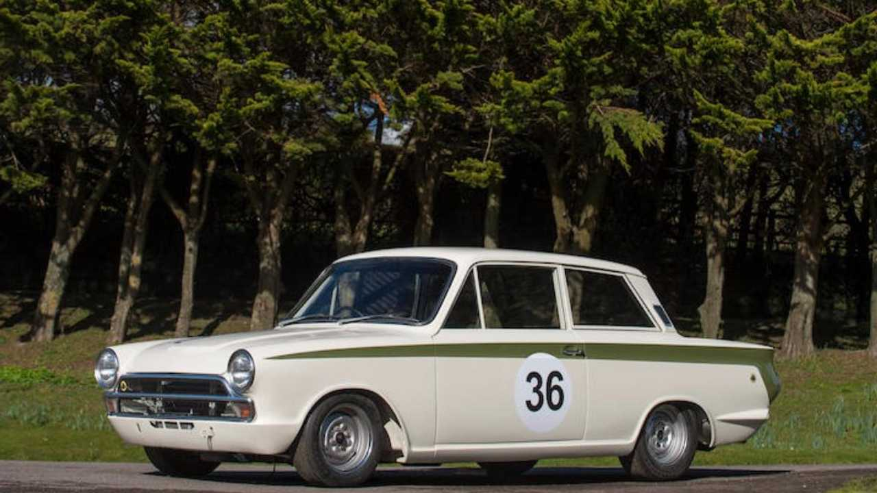Lotus Cortina raced by F1 aces Stewart & Ickx returns