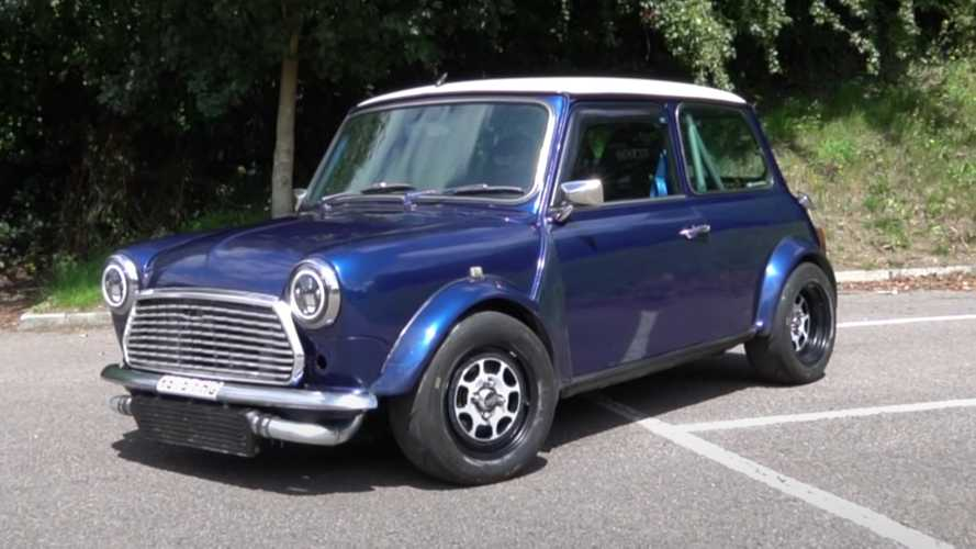 Bonkers Classic Mini Has 370-Horsepower Honda Civic VTEC Engine