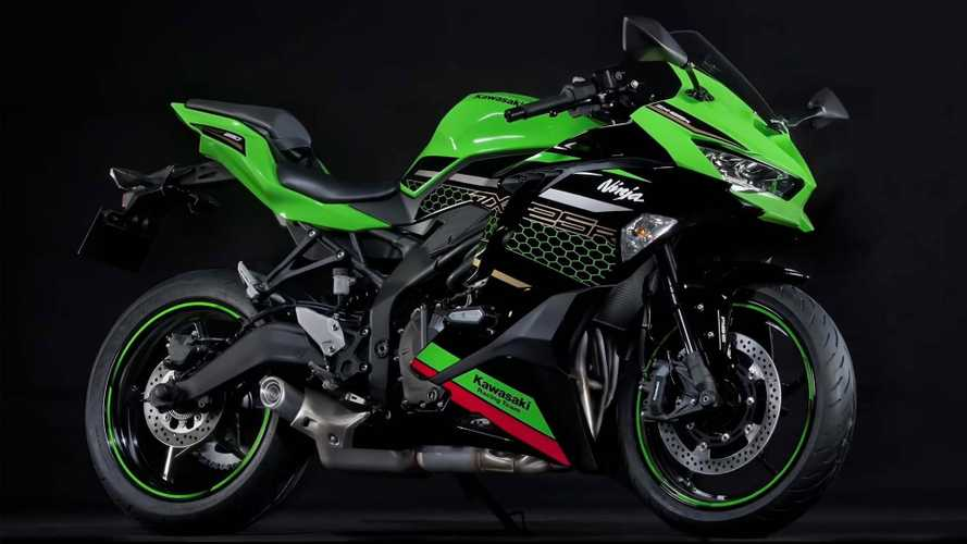 The Kawasaki ZX-25R Is Finally Here And The Specs Are Scrumptious