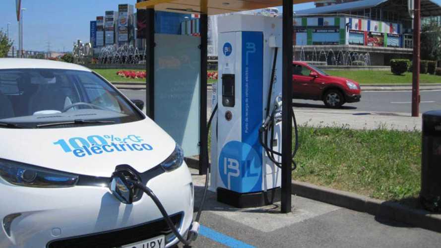 Madrid per l'auto elettrica: il piano per le ricariche (fast) in città