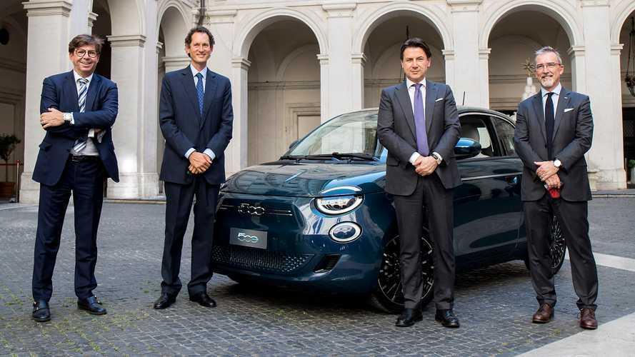 """Fiat 500 Elettrica, Mattarella e Conte primi """"tester"""" italiani"""