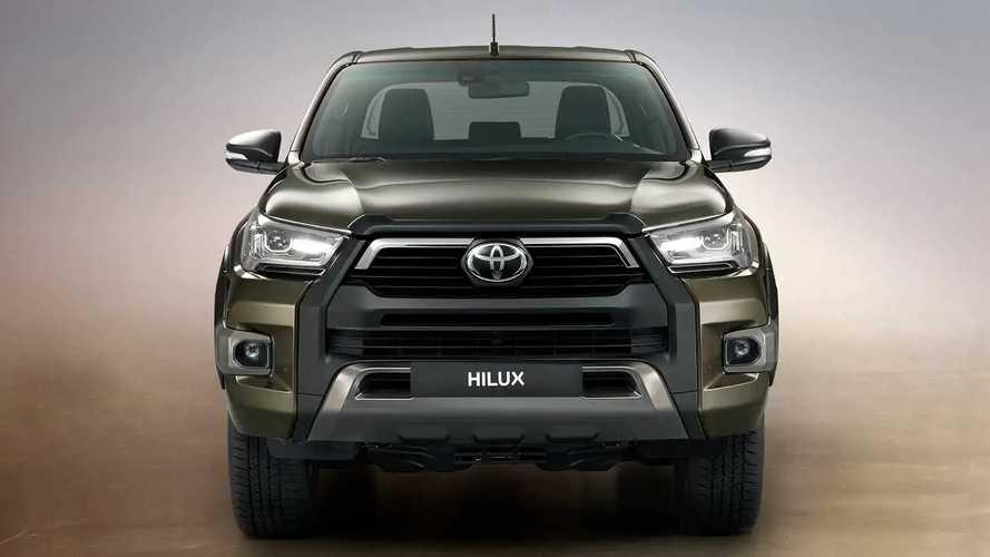Toyota Hilux, in Brasile si può pagare con mais e soia