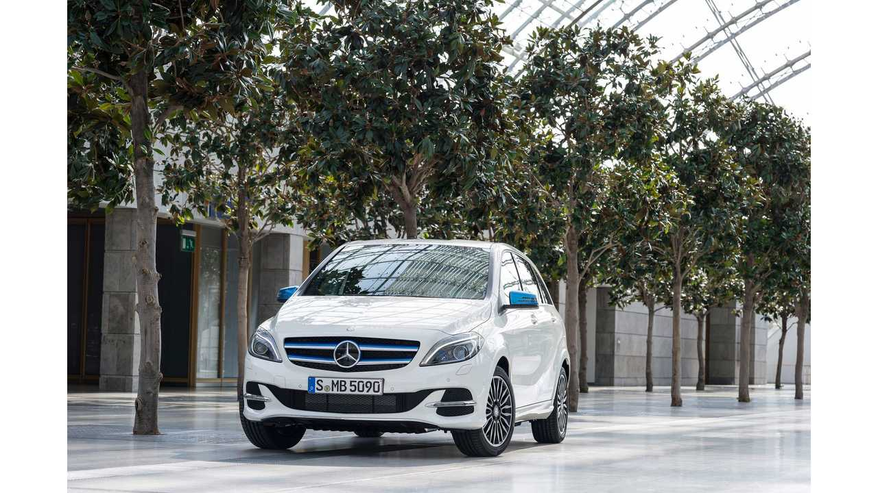 Facelifted Mercedes Benz B Class Electric Drive Gets Revealed Video