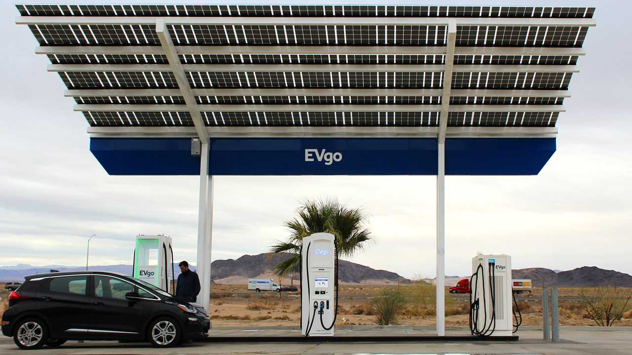 Columnist Repeats Bogus Claim That Electric Cars Aren't Green