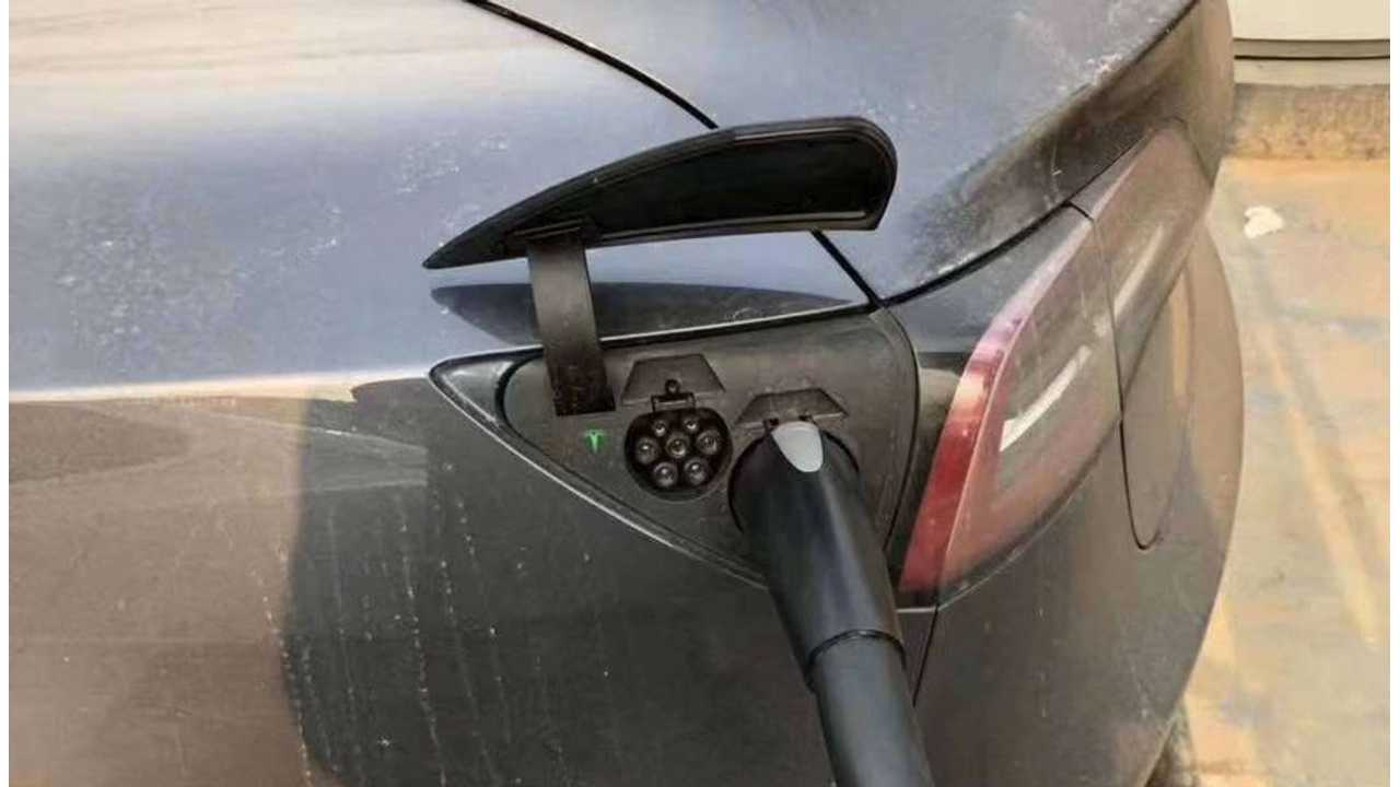 Tesla Model 3 with Chinese GB/T DC charging inlet (Source: Kelvin Yang)