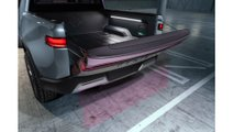 I. Rivian_R1T_Tailgate_Opening
