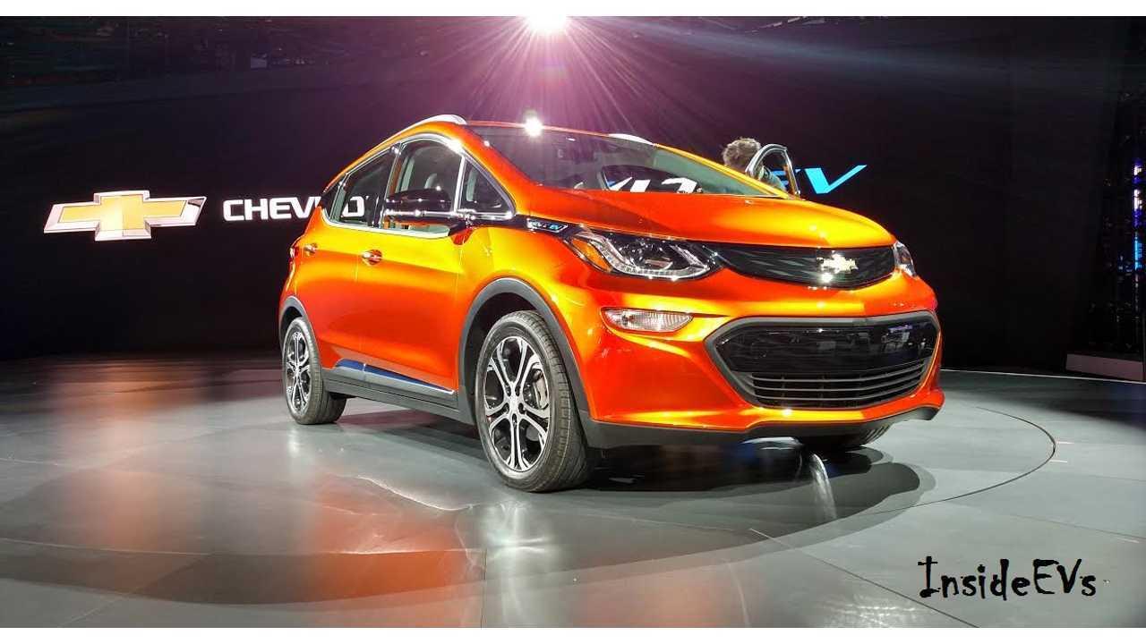 2017 Chevrolet Bolt Looking Good At NAIAS: (InsideEVs / Tom Moloughney)