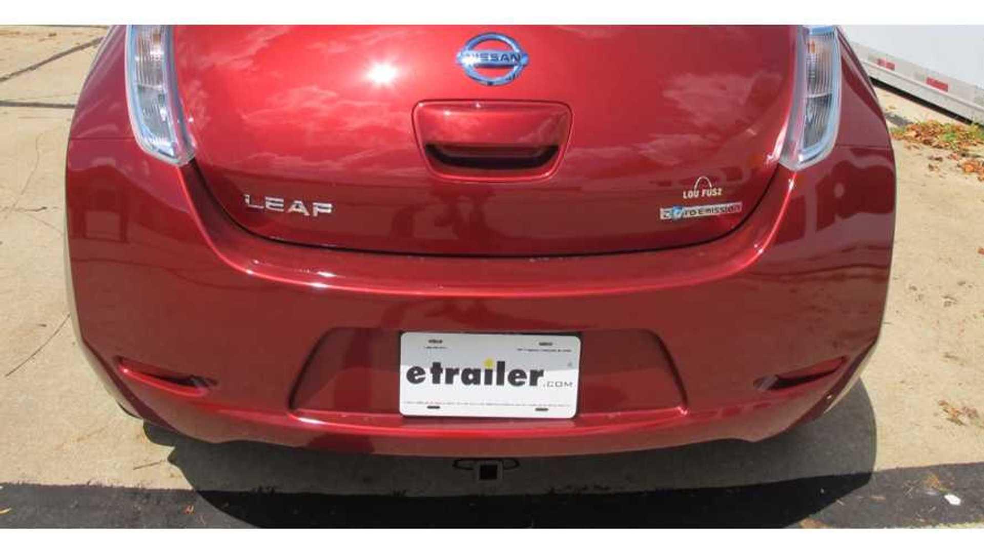 Fine Nissan Leaf Trailer Hitch Installation Video Insideevs Photos Wiring Cloud Peadfoxcilixyz