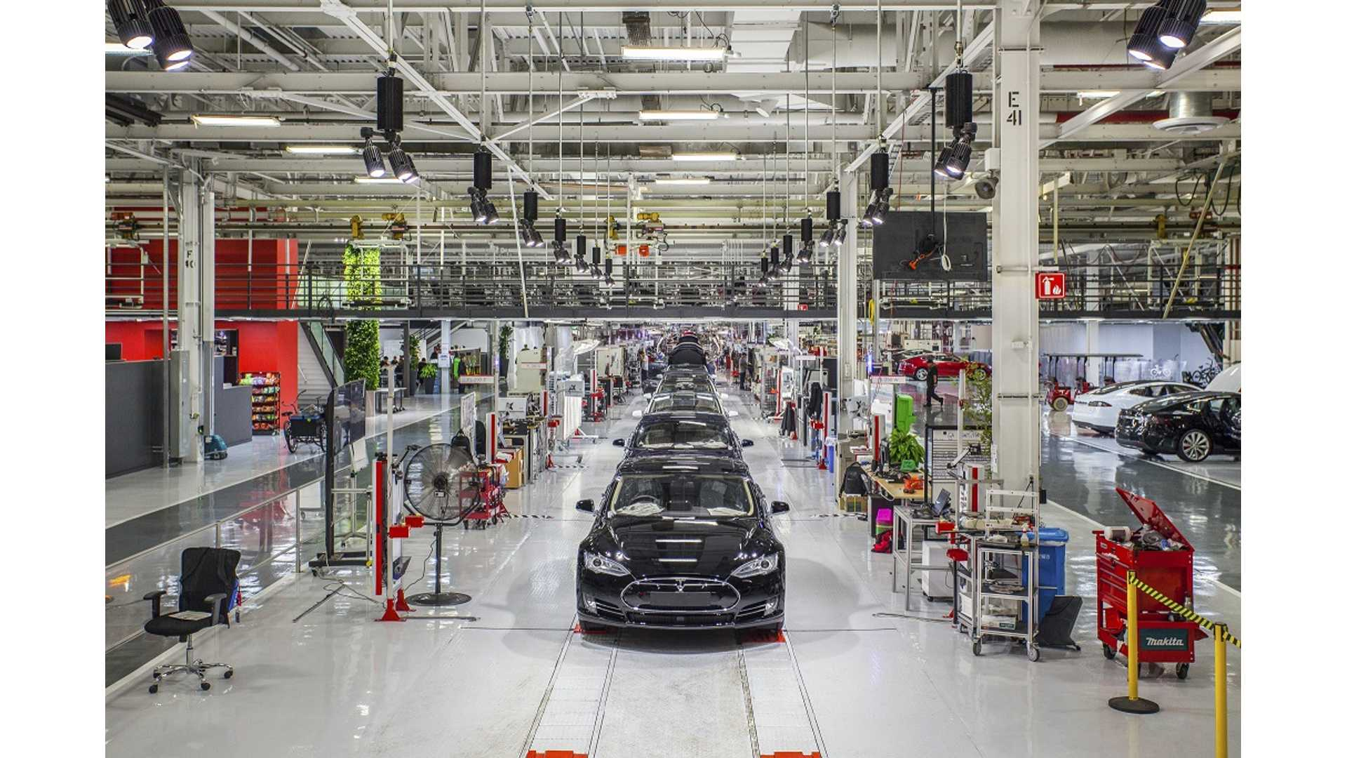 Report: Tesla's Fremont Factory Not Efficient, Employs Too