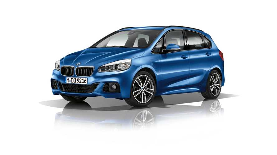BMW 225xe iPerformance Active Tourer Review - Video
