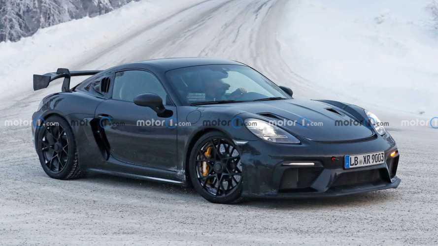 Porsche 718 Cayman GT4 RS (2021) bei Wintertests erwischt, dürfte bald debütieren